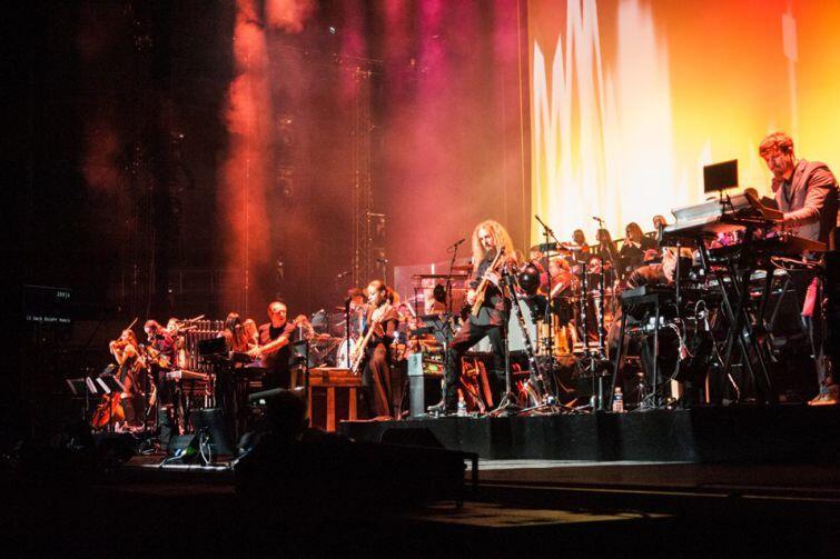 Hans Zimmer z imponującym sztabem muzyków zachwycił w Ergo Arenie