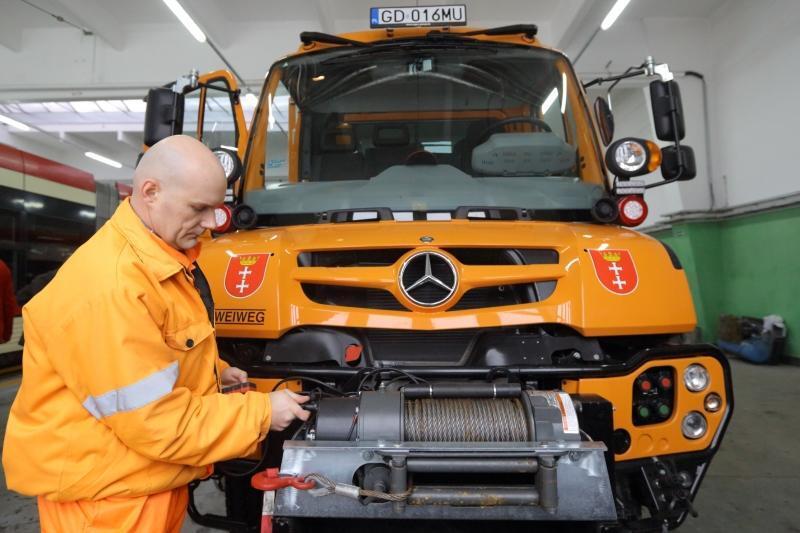 Super-pojazd, który zdaniem fachowców z gdańskiej zajezdni jest w stanie pociągnąć nawet 3 zepsute tramwaje
