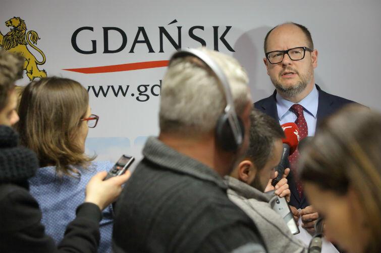 Paweł Adamowicz zwołał we wtorek, 31 stycznia, specjalną konferencję prasową dotyczącą MIIWŚ