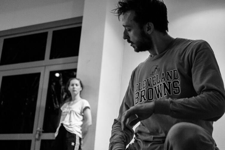 Daniela Komędera i Dmytro Grynov podczas próby do spektaklu I goIŋdeepe/andence