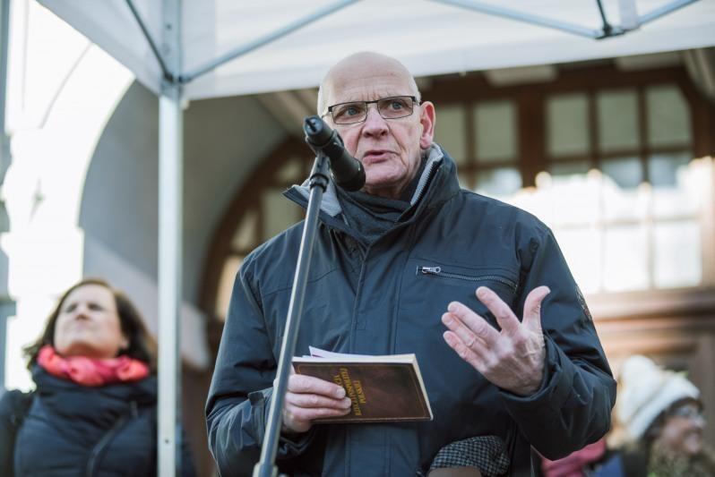 Jacek Taylor na demonstracji KOD w Gdańsku, 25 lutego 2017
