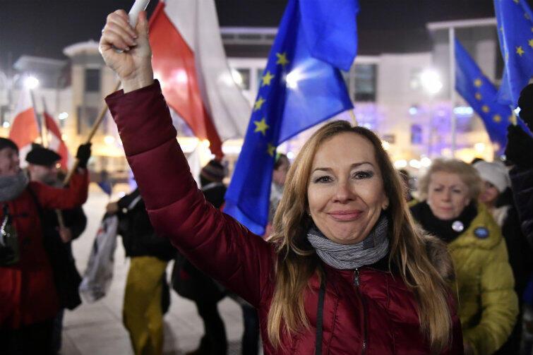 Czwartek, 9 marca 2017 r., Plac Przyjaciół Sopotu - radość z ponownego wyboru Donalda Tuska na prezydenta Rady Europejskiej