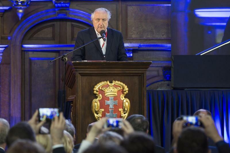 Prezes Trybunału Konstytucyjnego Andrzej Rzepliński podczas jubileuszowych obchodów