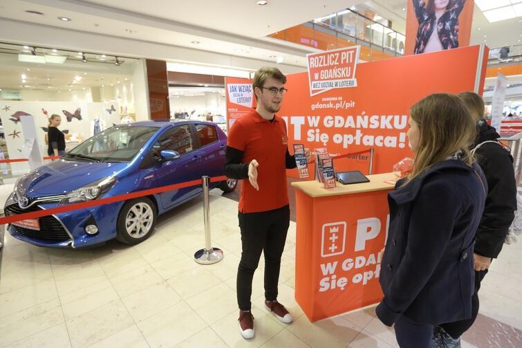 Hybrydowa Toyota Yaris - możesz ją mieć, bo PIT w Gdańsku się opłaca!