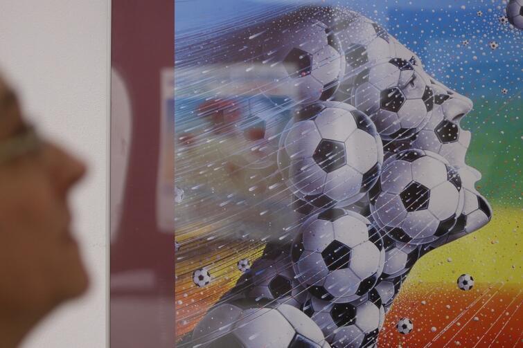 Votre Solidarité! - najsłynniejszy plakat, ukazujący płaczącą Polskę po wprowadzeniu stanu wojennego, jest już w Gdańsku. - Ten plakat powstał w naszym domu w Maisons-Laffitte w 1982 roku - wspomina Tersilia Castiglioni, żona artysty. Wystawę prac Luigi Castiglioniego możemy oglądać do 7 maja w Muzeum Historycznym Miasta Gdańska