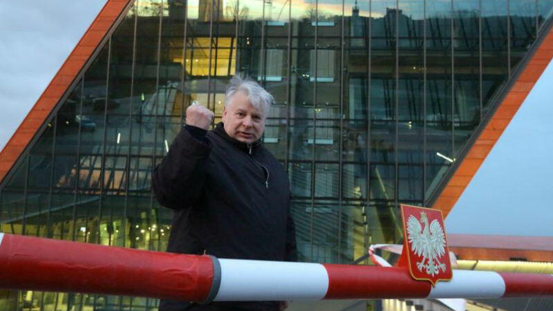 Bogdan Borusewicz podczas protestu