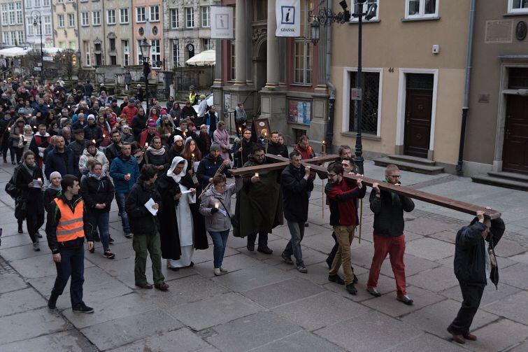 Droga Krzyżowa w Gdańsku. Organizują ją Dominikanie
