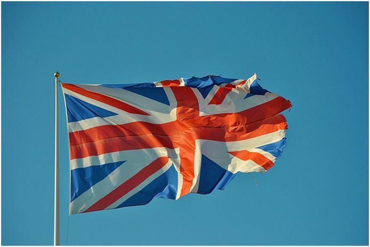Aplikowanie na studia w UK różni się od aplikowania na polskie uczelnie