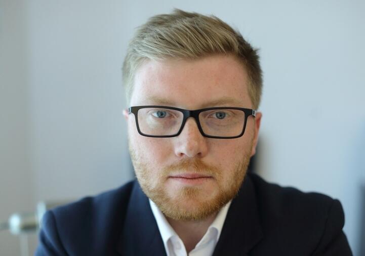 Tomasz Snarski jest też członkiem Gdańskiej Rady ds. Równego Traktowania i Rady Muzeum Stutthof w Sztutowie