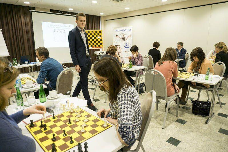 Na naukę gry w szachy nigdy nie jest za późno