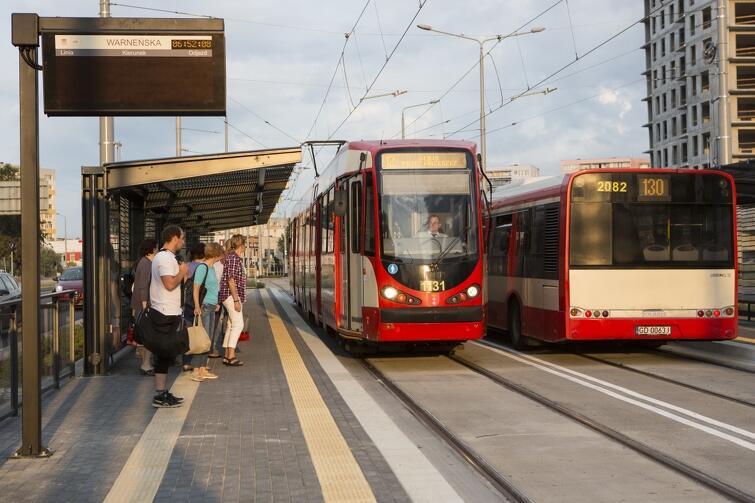 Wiekopomna chwila: tramwaj dojechał na Piecki - Migowo po raz pierwszy, 31 sierpnia 2015 r.