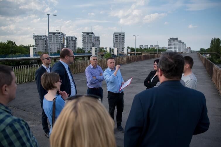 We wtorek na terenie Zaspy-Młyniec odbył się spacer gospodarski po dzielnicy z udziałem prezydenta Gdańska, Pawła Adamowicza