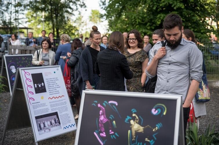 Wystawa będzie mobilna - można oglądać do 21 czerwca w Stacji Orunia GAK, potem w plenerach Gdańska