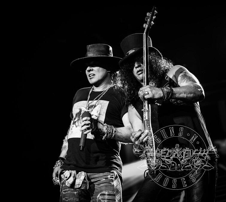 Zespół powstał w 1985 r., ale wokalista Axl Rose i gitarzysta Slash nie grali razem przez 20 lat. Dopiero w 2016 do zespołu powrócili Slash i McKagan