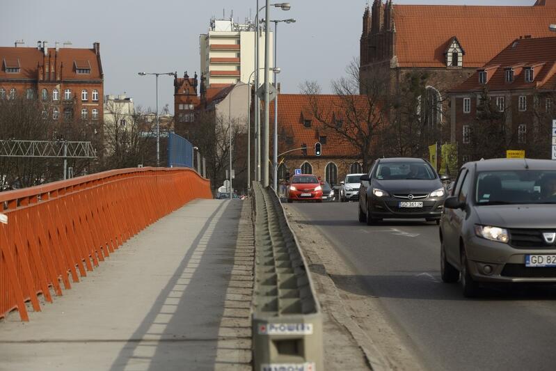 Jedenaście firm i konsorcjów jest zainteresowanych budową wiaduktu Biskupia Górka