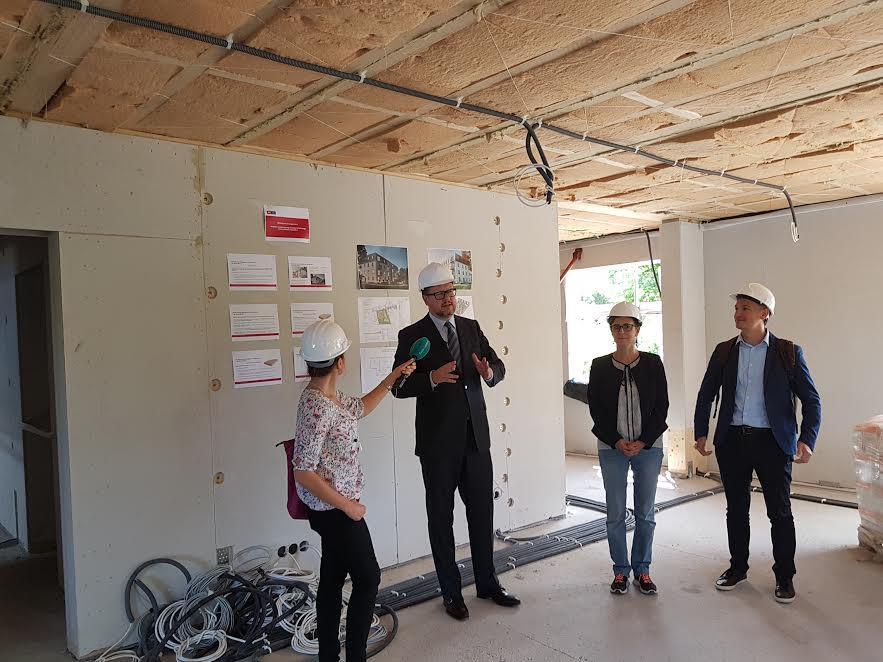 Nz. Tak powstaje ekologiczny budynek przy ul. Dolne Młyny w Gdańsku. Tego rodzaju budynek to pod względem technicznym i społecznym eksperyment na skalę kraju