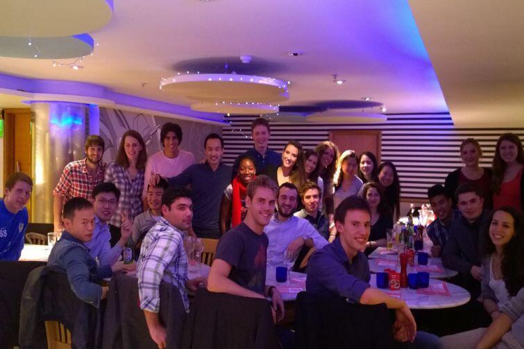 Spotkanie integracyjne klubu siatkarskiego London School of Economics, październik 2014 rok