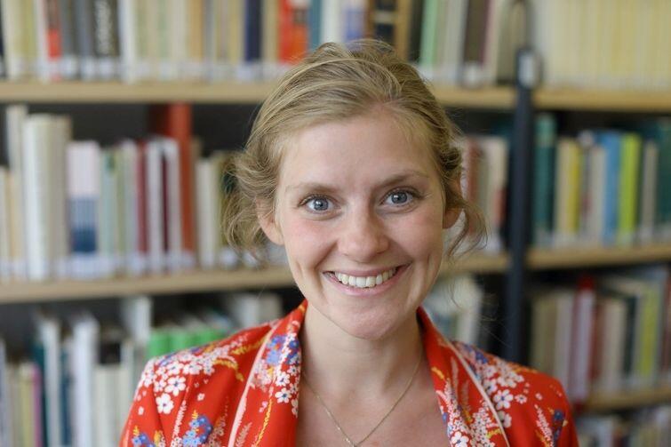 Marie Tourell Søderberg, autorka książki, z szerokim uśmiechem, pełnym hygge