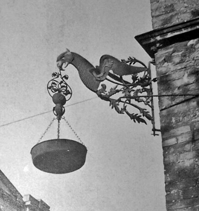 Tak latarnia smolna prezentowała się na gdańskim ratuszu przed 1945 r.