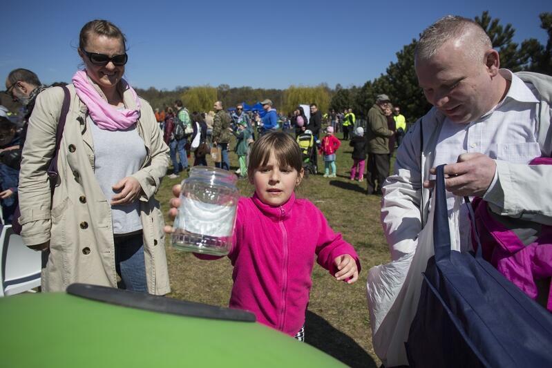 Piknik edukacyjny poświęcony segregacji szkła odbył się wiosną 2016 r. Jesienią 2017 r. czeka nas akcja edukacyjna dotycząca nowych zasad segregacji