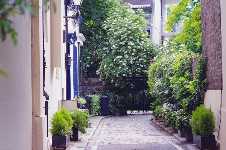 Dla miłośników spokoju Londyn oferuje wiele nieodkrytych uliczek i zakątków, gdzie rzadko spotkamy turystów