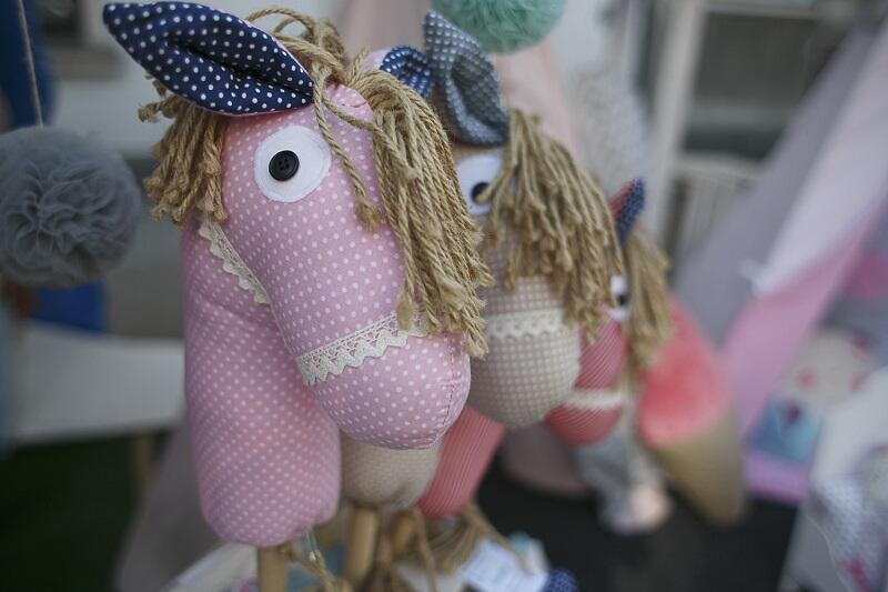 No i zakupy - piękne, niebanalne zabawki znajdziemy na wielu z tysiąca stoisk Jarmarku św. Dominika w Gdańsku