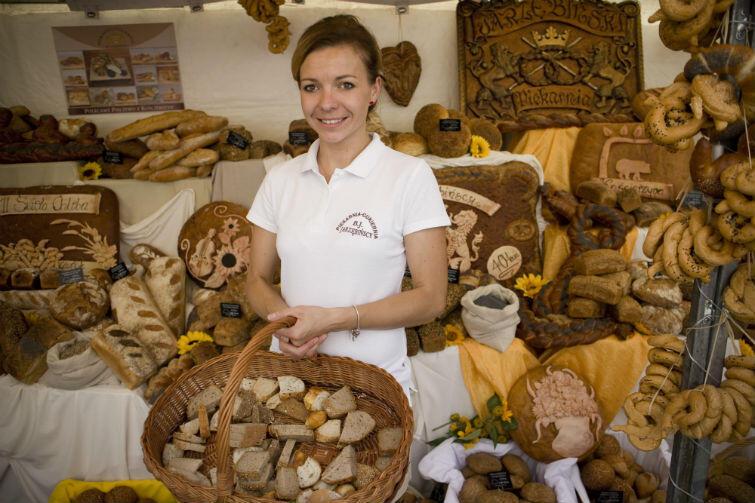 Chleby, bułki, rogale... Do wyboru, do koloru