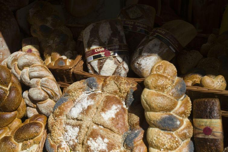 Chleby, chlebki, chałeczki