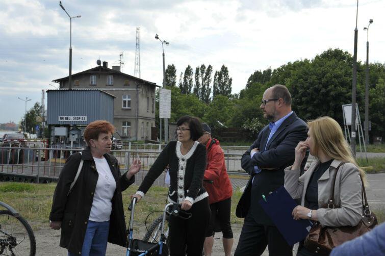 Spacer mieszkańców z prezydentem Gdańska Pawłem Adamowiczem