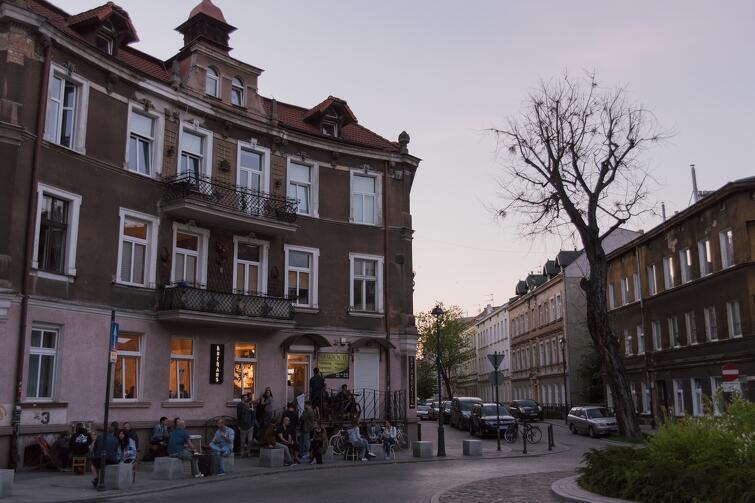 Klubokawiarnia Kurhaus otworzyła się na Dolnym Wrzeszczu jako pierwsza i natychmiast zyskała stałą publikę