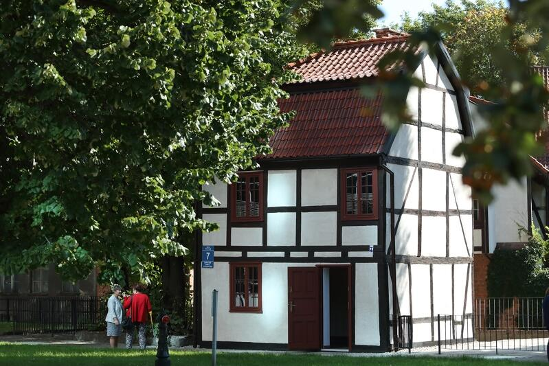 Budynek o konstrukcji szachulcowej przy ul. Wodopój 7 powstał w XVIII wieku. Właśnie został wyremontowany przez GZNK