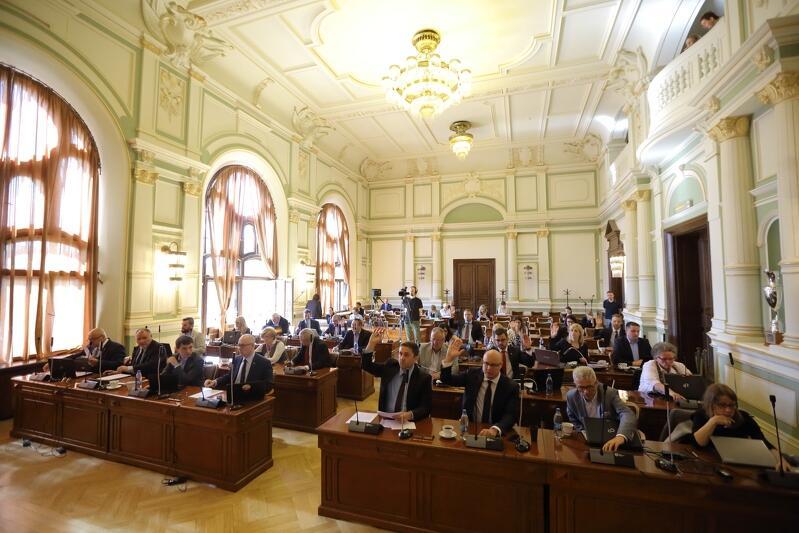 W czwartek pierwsza powakacyjna sesja Rady Miasta Gdańska. Oglądajcie na żywo na www.gdansk.pl
