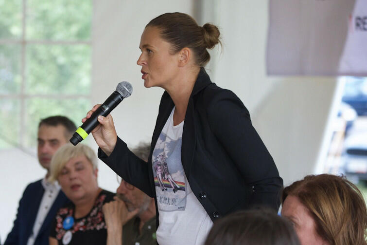 Barbara Nowacka twierdzi, że następnym razem Polacy nie będą gamoniami i nie dadzą sobie tak łatwo zabrać praw obywatelskich, w tym praw kobiet