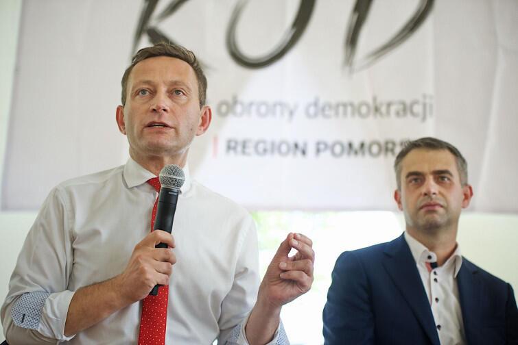 Od lewej: Paweł Rabiej (.Nowoczesna) i Krzysztof Gawkowski (SLD). Na koalicję liberałów z socjaldemokratami się nie zanosi