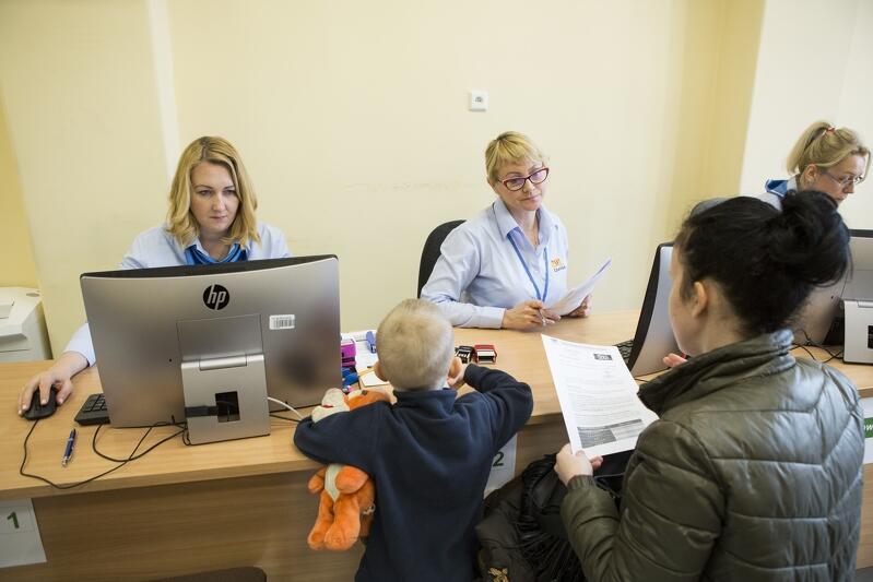 Najbardziej oblegany punkt składania wniosków o świadczenia rodzinne znajduje się przy ul. 3 Maja 9