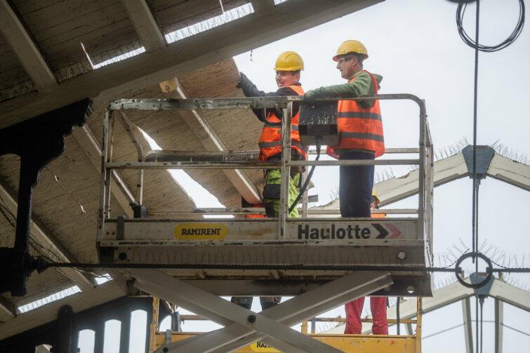 Powinniśmy przyzwyczaić się do widoku budowlańców na gdańskim dworcu - tak będzie przez najbliższe dwa lata i 3 miesiące