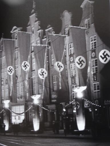 Długi Targ w czasie tygodnia kultury okręgu gdańskiego, 1939