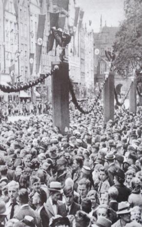 Na Długim Targu, 1939