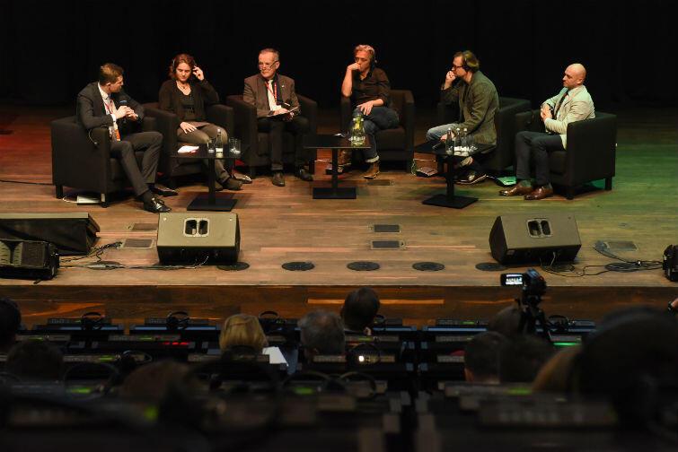 Jednym z ostatnich punktów pierwszego dnia kongresu była debata na temat przyszłości mobilności w miastach