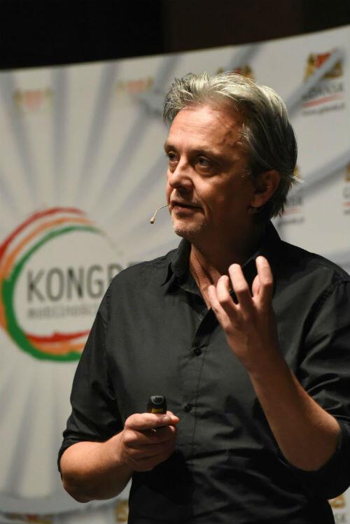 Duńczyk Mikael Colville-Andersen, założyciel i dyrektor Copenhagenize Design Company