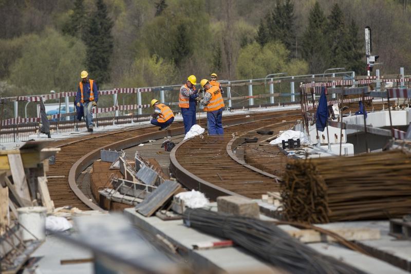 Kwiecień 2015. Budowa estakady tramwajowej na linii Siedlce - Piecki-Migowo