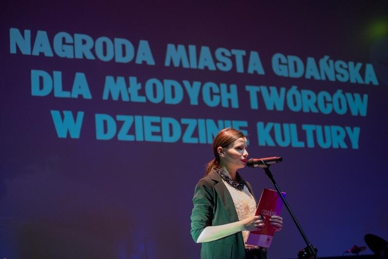 Nagroda przyznawana jest od 2000 roku. Ubiegłoroczną galę prowadziła Barbara Świąder, również laureatka tej nagrody