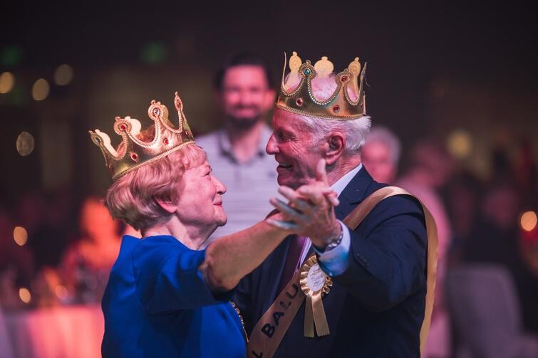 500 gdańszczan w wieku 60-plus szampańsko bawiło się podczas XII Miejskiego Balu Seniora, na który zaprosił ich prezydent Gdańska. Impreza odbyła się w poniedziałek, 16 października, w gmachu AmberExpo