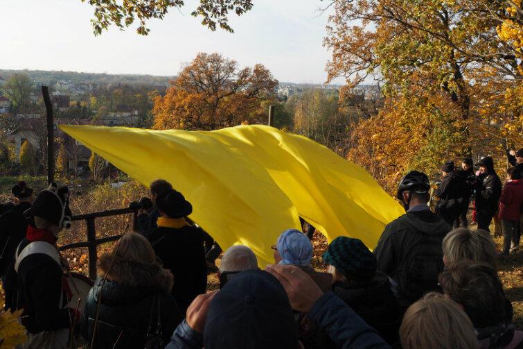 Widok jest tutaj od zawsze, ale warto o tym przypomnieć uroczystym odsłonięciem żółtej kurtyny