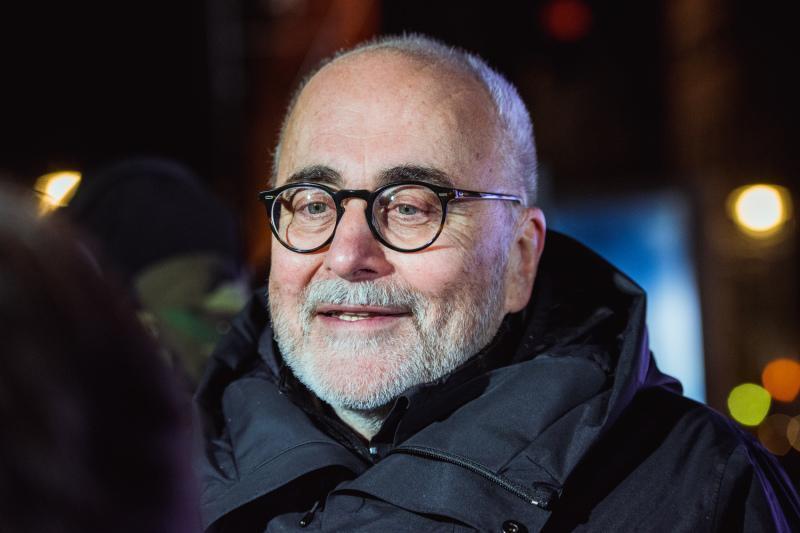 Za nową świąteczną komedię romantyczną odpowiedzialny jest m.in. reżyser Michał Kwieciński, którego produkcje były nagradzane na różnych festiwalach, w tym na Festiwalu Polskich Filmów Fabularnych