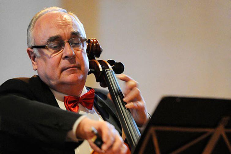 Profesor Krzysztof Sperski w ciągu swojej wieloletniej kariery muzycznej był wykładowcą licznych seminariów i kursów mistrzowskich w dziedzinie gry na wiolonczeli i kameralistyki - w Polsce i za granicą. Aktywnie też koncertował i koncertuje nadal, jako solista i kameralista