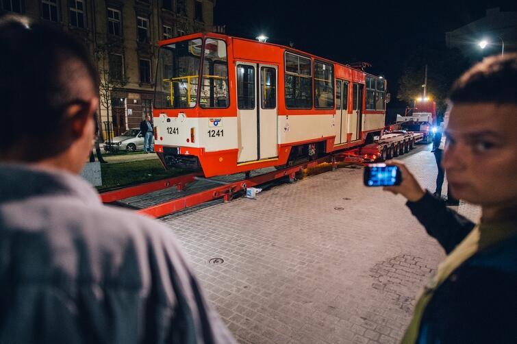 Tramwaj, który od września 2015 r. stoi jako atrakcja turystyczna zrewitalizowanej ul. Łąkowej
