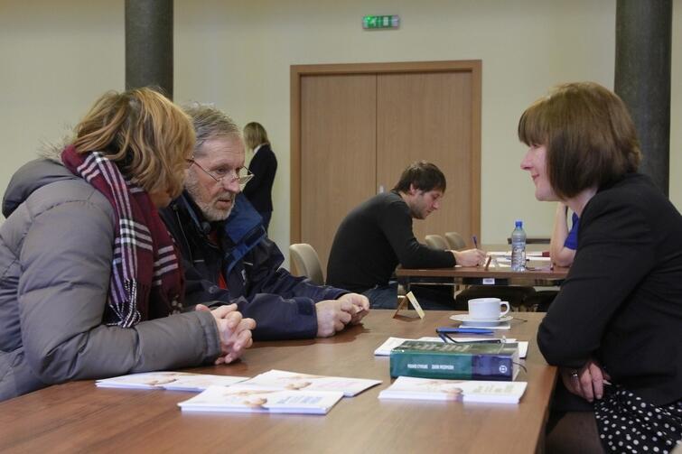 Dzień Otwarty Notariatu organizowany jest w Gdańsku od kilku lat. Co roku przychodzi coraz więcej osób zainteresowanych darmową poradą prawną