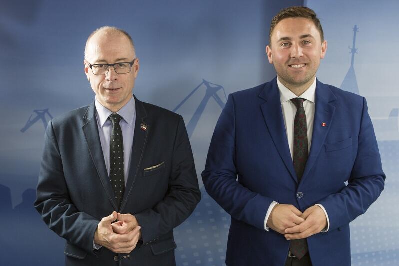 Od lewej: radny Kazimierz Koralewski (PiS) i radny Piotr Borawski (PO)