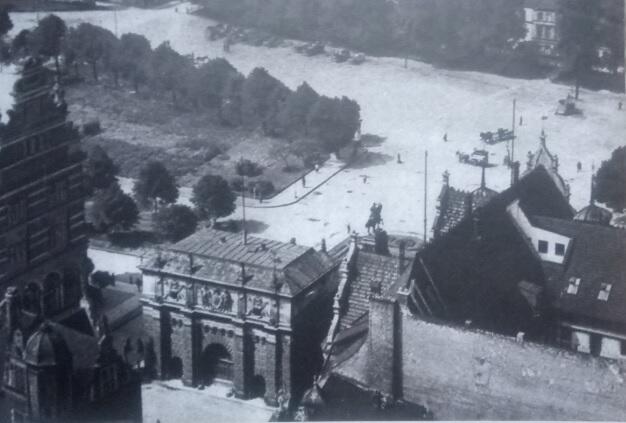 Widok na Targ Sienny i początek Promenady nad kanałem Raduni, ok, 1910